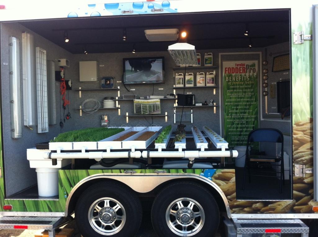 Fodder trailer at WDE