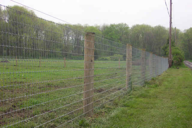 Fencing livestock 101 farmtek blog for Types of fences