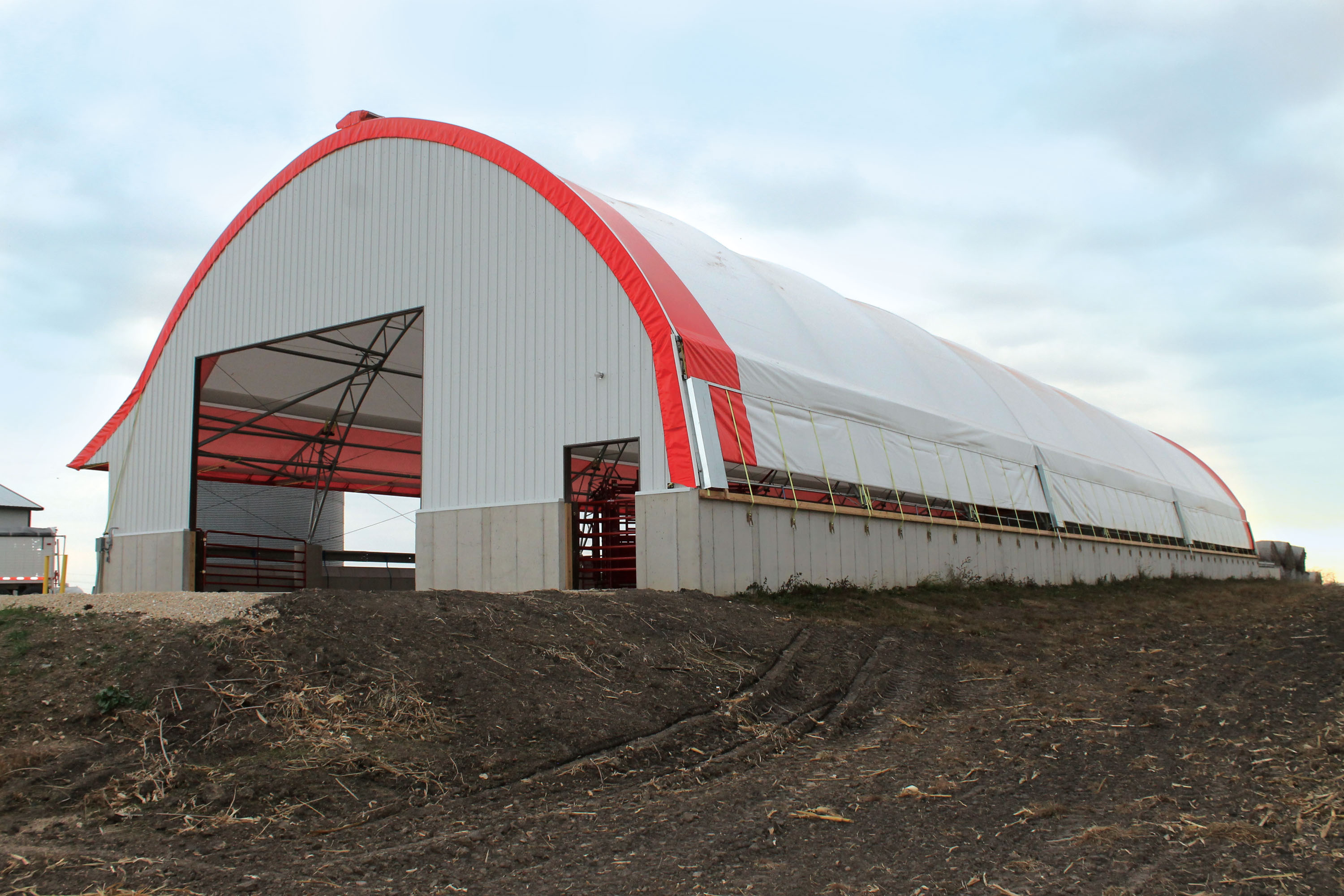 FarmTek @farmtek Your one-stop shop for agricultural, growing and storage needs, featuring animal housing, greenhouses, livestock supplies, heating, ventilation and more.